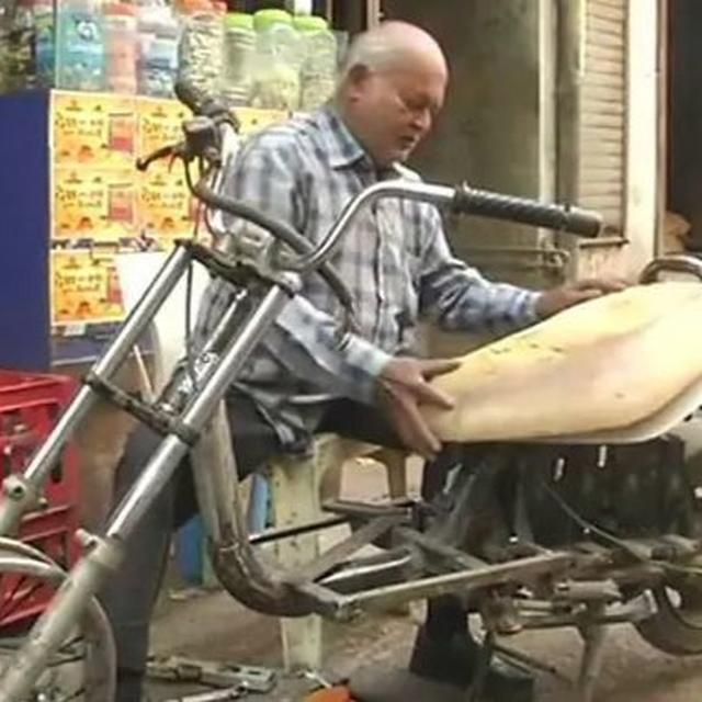 """60-YEARS-OLD DIFFERENTLY-ABLED MAN BUILDS """"E-BIKES"""" BY RECYCLING E-WASTE"""