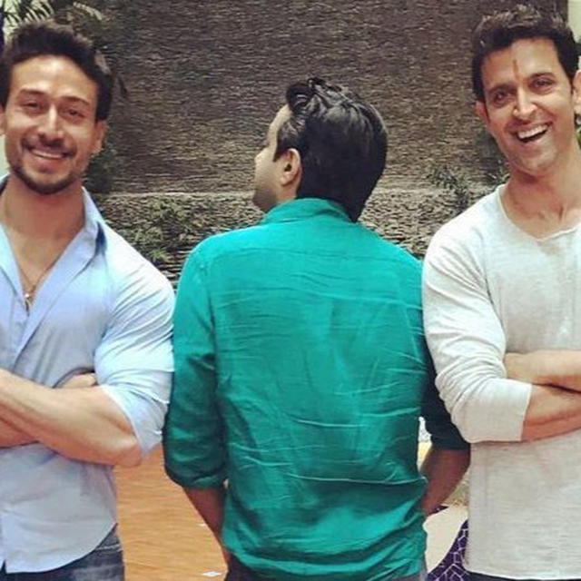 HOW HRITHIK ROSHAN IMPRESSED WITH HIS PROFESSIONALISM ON THE SETS OF UPCOMING ACTION FILM CO-STARRING TIGER SHROFF