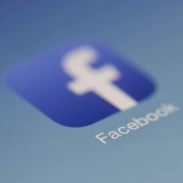 MANY APPS GIVE FACEBOOK SENSITIVE HEALTH AND OTHER DATA WITHOUT USERS' CONSENT: REPORT
