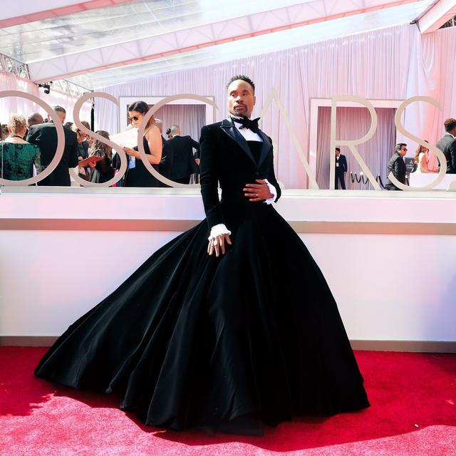BILLY PORTER SPEAKS ON OSCAR GOWN AND SOCIAL MEDIA HATE