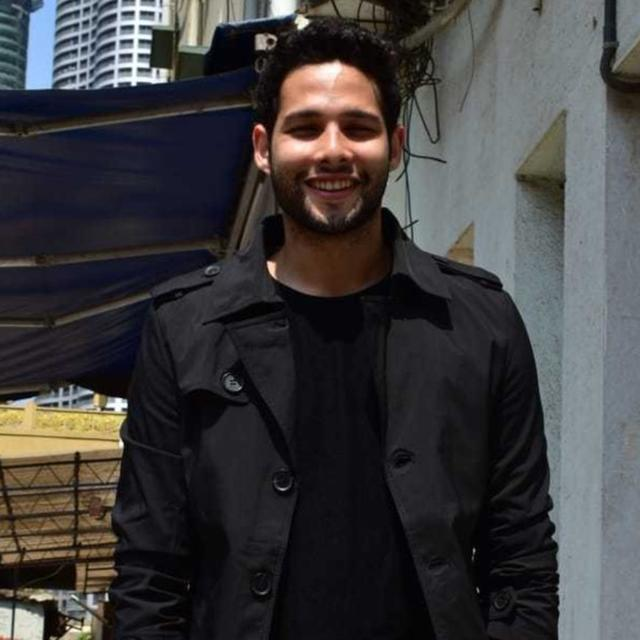 FROM A CA STUDENT TO FINALLY BECOMING MC SHER, 'GULLY BOY' STAR SIDDHANT CHATURVEDI OPENS UP ABOUT HIS JOURNEY