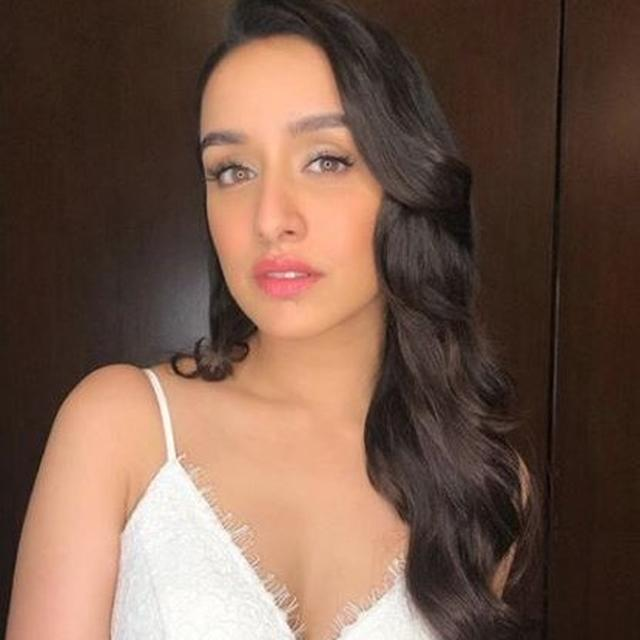 SHRADDHA KAPOOR CELEBRATES HER BIRTHDAY MID-AIR, GETS A SWEET SURPRISE. SEE PICTURES HERE
