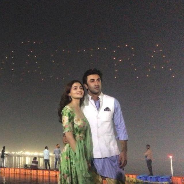 'EPIC IN MAKING': NETIZENS MESMERIZED BY THE AERIAL LOGO LAUNCH OF RANBIR KAPOOR AND ALIA BHATT'S 'BRAHMASTRA'