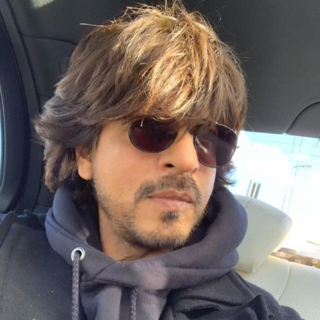SHAH RUKH KHAN ASKS TWITTERATI IF HE SHOULD 'GROW HIS HAIR', FANS SPECULATE 'DON 3'