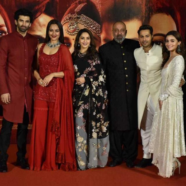 WATCH: FROM MATCHING OUTFITS TO ALIA BHATT'S EMOTIONAL MESSAGE FOR DIRECTOR ABHISHEK VERMAN, HERE ARE THE HIGHLIGHTS FROM THE 'KALANK' TEASER LAUNCH