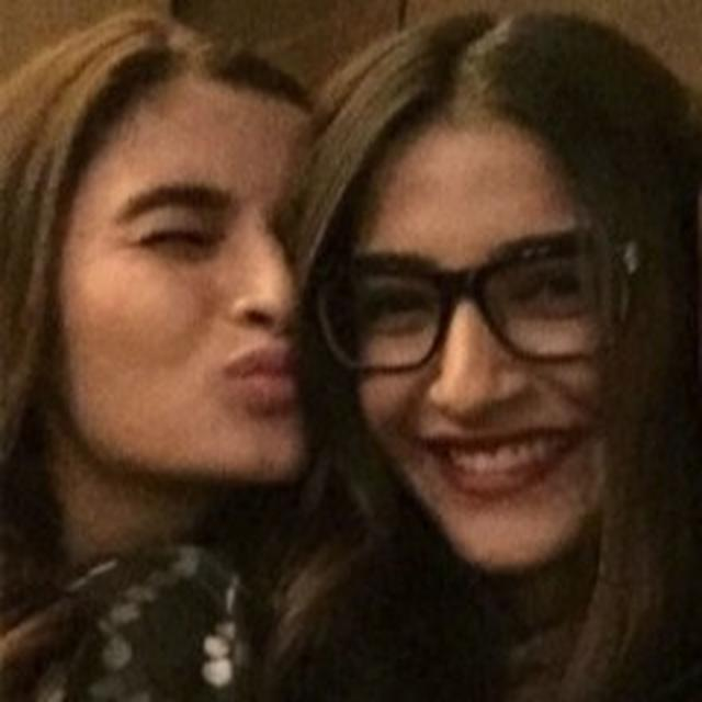 'CLASSY, SASSY AND KIND', SONAM KAPOOR HAS ALL THE NICE THINGS TO SAY ON ALIA BHATT'S BIRTHDAY