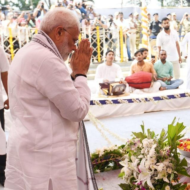 HIS GOOD WORK WILL BE REMEMBERED FOR YEARS TO COME: PM MODI PAYS FINAL TRIBUTE TO MANOHAR PARRIKAR, IN GOA