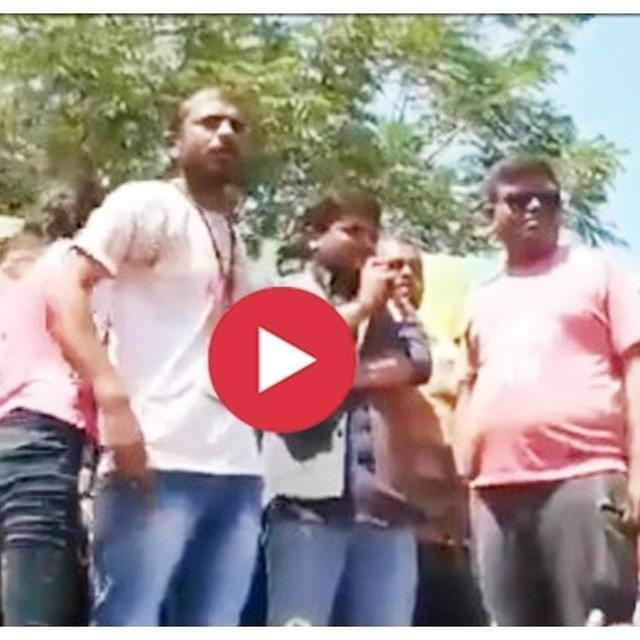 VIRAL: HARDIK PATEL GREETED BY 'MODI, MODI' CHANTS AT HOLI EVENT