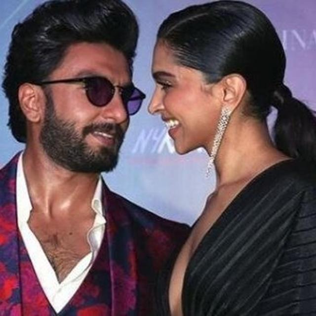 IT'S PRAISES GALORE FOR 'CHHAPAAK' FROM ALL OVER, BUT RANVEER SINGH'S COMMENT FOR DEEPIKA PADUKONE HAS WON THE INTERNET
