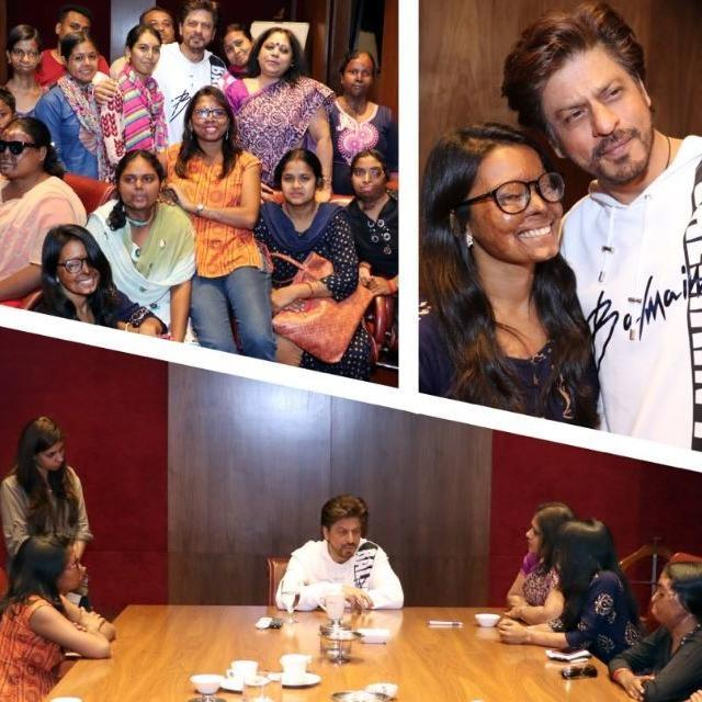 'THESE ARE MY SISTERS & NEED YOUR PRAYERS FOR RECOVERY': SHAH RUKH KHAN SHARES A HEARTFELT MESSAGE AFTER SPENDING AN AFTERNOON WITH ACID ATTACK SURVIVORS