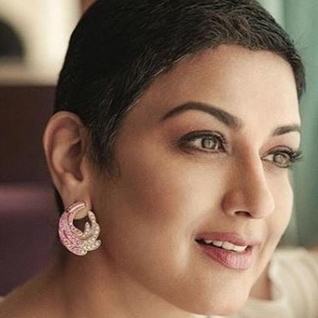 'I WANTED TO LET GO', SONALI BENDRE TALKS ABOUT CANCER AND HOW SHE EMERGED 'STRONGER WITH HELP FROM FAMILY AND FRIENDS'