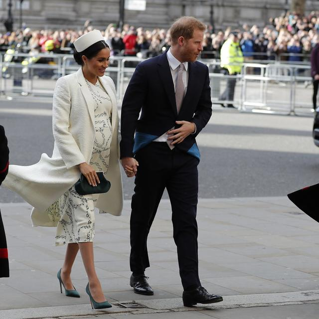 DIANA? ALICE? ELIZABETH? BRITONS BET ON NEW ROYAL BABY NAME