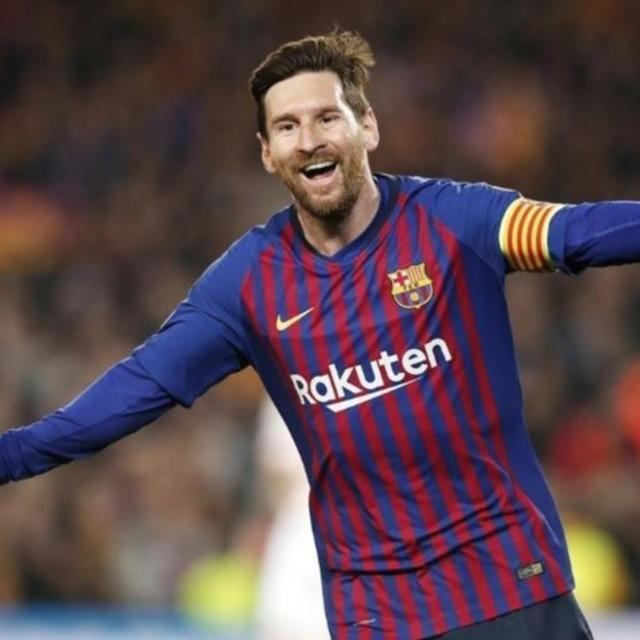 LIONEL MESSI SCORES 2 AS BARCELONA BEATS MANCHESTER UNITED 3-0 TO REACH CHAMPIONS LEAGUE SEMIFINALS