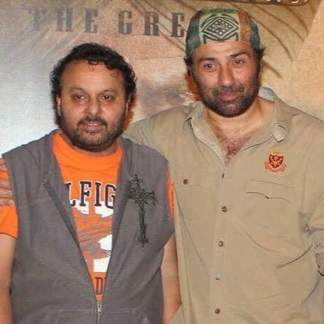 'GADAR' DIRECTOR ANIL SHARMA TAKES REFERENCE FROM PM NARENDRA MODI'S SPEECH TO CONGRATULATE SUNNY DEOL FOR JOINING BJP. READ HERE