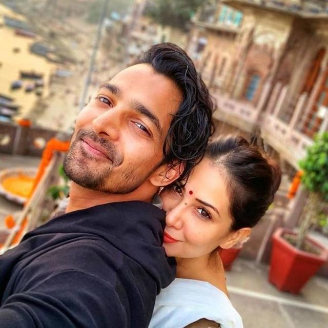 HAVE KIM SHARMA AND HARSHVARDHAN RANE PARTED WAYS? LATTER'S PUBLICIST CLEARS THE AIR