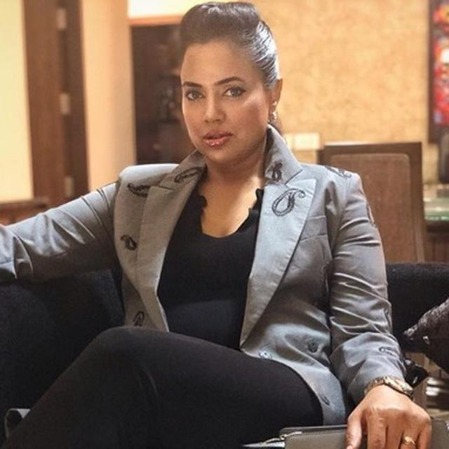 """""""FROM BEING THAT 'SEXY SAM', I WENT TO THIS"""": SAMEERA REDDY OPENS UP ON BATTLING DEPRESSION AFTER HER FIRST PREGNANCY"""
