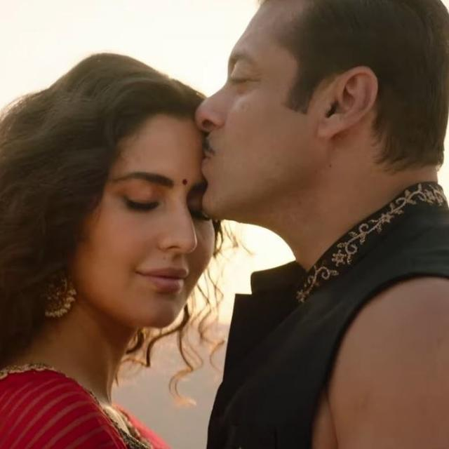WATCH | SALMAN KHAN AND KATRINA KAIF'S SIZZLING CHEMISTRY IN 'BHARAT'S NEW SONG 'CHASHNI' BECOMES THE TALKING POINT, NETIZENS DECLARE IT 'ROMANTIC SONG OF THE YEAR'