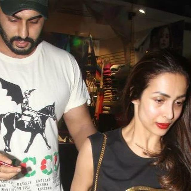 WATCH | IS THIS ADORABLE MESSAGE ON MALAIKA ARORA T-SHIRT FOR BOYFRIEND ARJUN KAPOOR? NETIZENS SURELY THINK SO
