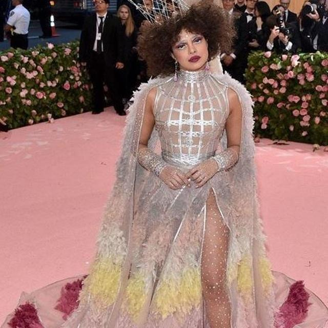 CAN YOU GUESS? HERE'S HOW MUCH PRIYANKA CHOPRA'S MET GALA 2019 OUTFIT COST