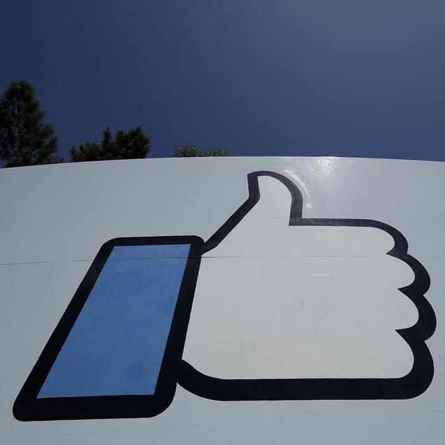 FACEBOOK CO-FOUNDER CHRIS HUGHES SAYS IT'S TIME TO BREAK UP FACEBOOK
