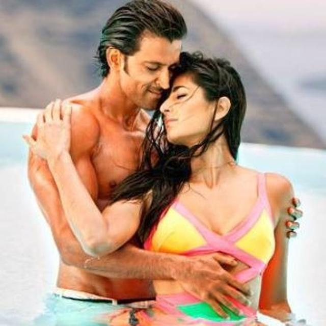 HRITHIK ROSHAN'S COMMENT ON KATRINA KAIF'S VIDEO SENDS THE INTERNET INTO A TIZZY AS NETIZENS' DEMANDS DON'T JUST END AT A ZNMD SEQUEL