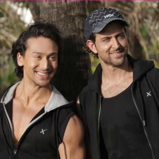 'WHEN I SEE YOUR WORK, IT MAKES ME WORK HARDER', SAYS HRITHIK ROSHAN AS HE EXTENDS BEST WISHES TO TIGER SHROFF FOLLOWING 'SOTY 2' RELEASE