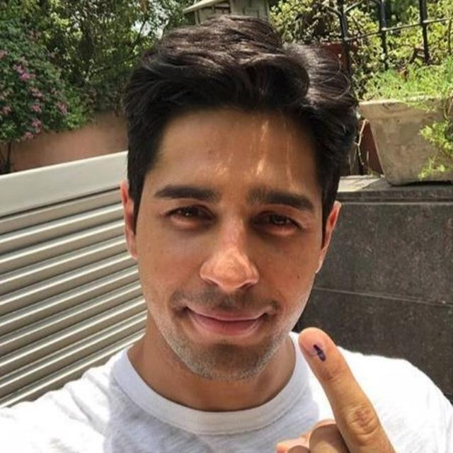 'TOOK A QUICK BREAK AND CAME TO DELHI FOR THIS': SIDHARTH MALHOTRACASTS HIS VOTE AS INDIA GOES TO POLLS FOR PHASE 6 OF GENERAL ELECTIONS 2019