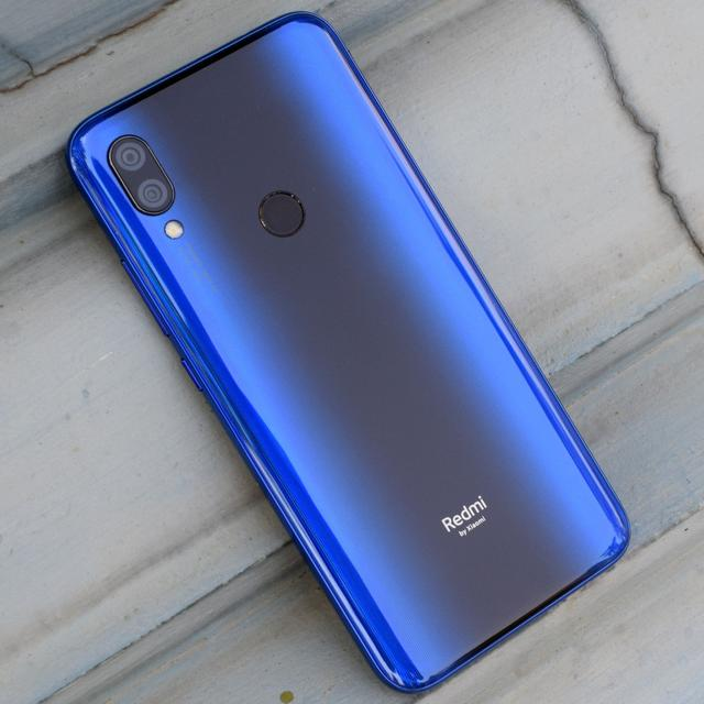 XIAOMI REDMI Y3 REVIEW: STYLE AND SELFIES SORTED
