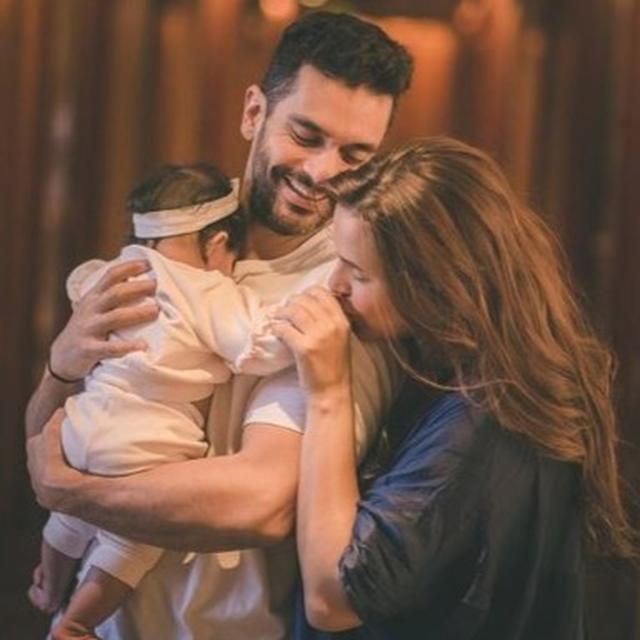 'SHAPE OF MY HEART': NEHA DHUPIA SHARES AN ADORABLE FAMILY PHOTOGRAPH AS HER DAUGHTER MEHER TURNS 6 MONTHS OLD
