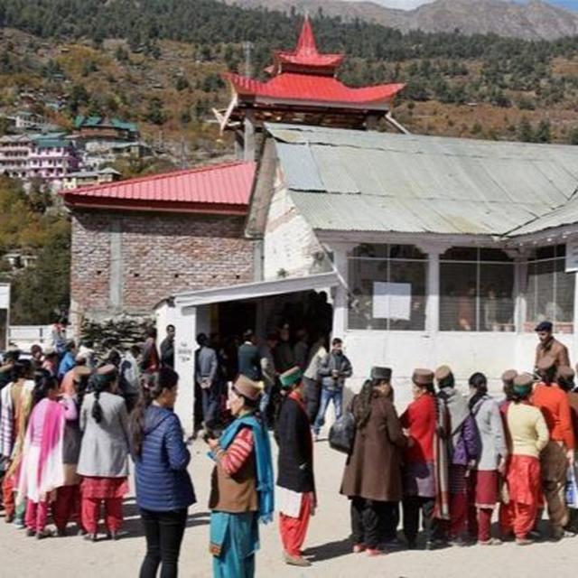 WORLD'S HIGHEST POLLING STATION WITH 49 VOTERS RECORDS 53 PERCENT VOTING IN 2 HOURS