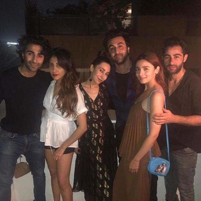 ALIA BHATT'S OUTING WITH RANBIR KAPOOR & COUSINS IS ALL THINGS #FAMILY, AS KARISMA KAPOOR RIGHTLY SAYS