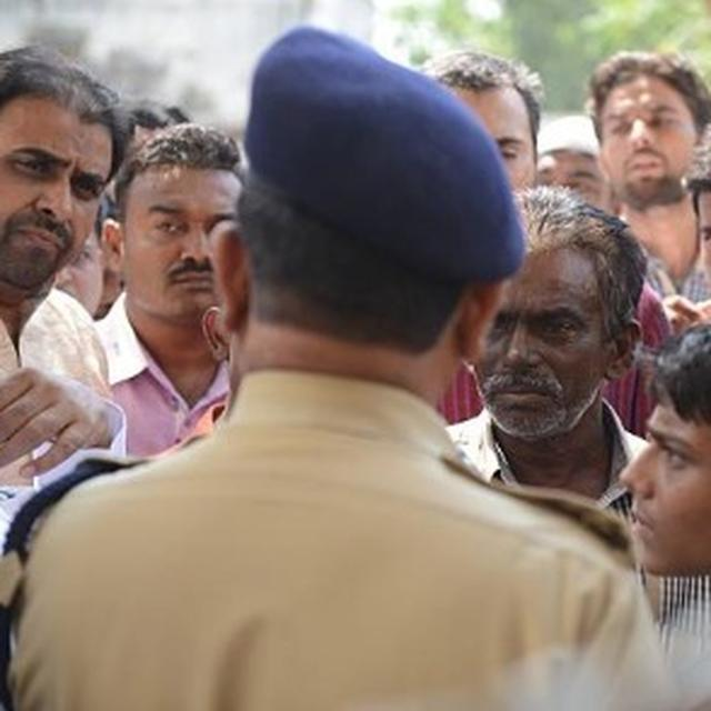 GUJARAT COP FIRES AT MAN AFTER ARGUMENT, CHARGED WITH ATTEMPT TO MURDER