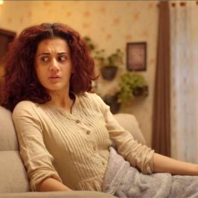 TAAPSEE PANNU SHARES PICTURE OF BRUISED HANDS FROM THE SETS OF 'GAME OVER', NETIZENS GET WORRIED