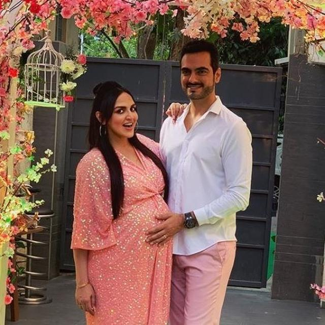 IT'S A GIRL! ESHA DEOL AND BHARAT TAKHTANI WELCOME THEIR SECOND CHILD, HERE'S HOW THE ACTRESS ANNOUNCED THE HAPPY NEWS