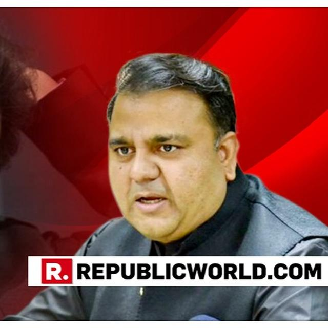 PAK MINISTER FAWAD CHAUDHRY SLAPS SENIOR ANCHOR. HERE'S WHY