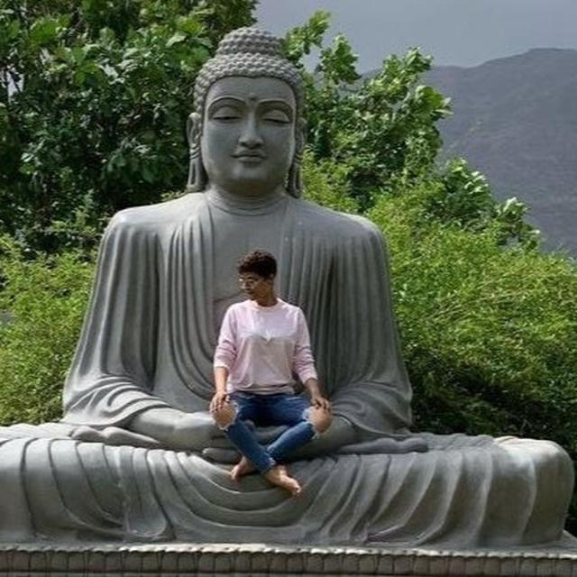 AFTER BEING CRITICISED BY NETIZENS FOR SITTING ON A BUDDHA STATUE, TAHIRA KASHYAP APOLOGISES IN AN ELABORATE POST. READ HERE