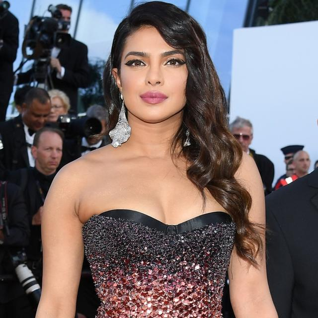 "THIS PICTURE OF PRIYANKA CHOPRA DONNING WHITE HAIR IS GOING VIRAL ON THE INTERNET. NETIZENS SAY, ""SHE HAS OFFICIALLY JOINED SOPHIE'S WIG GANG"""