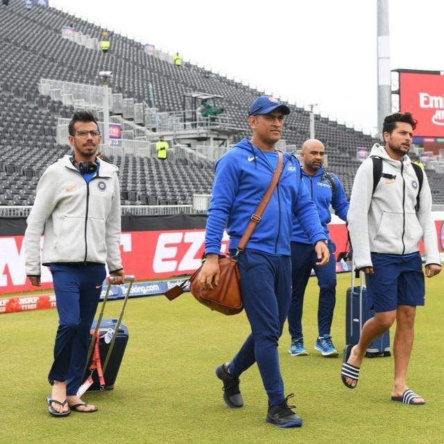 WORLD CUP | 'SO WINNERS ARE READY,' SAY NETIZENS CROSSING THEIR FINGERS AS TEAM INDIA ARRIVES AT OLD TRAFFORD FOR THE NEW ZEALAND SEMIFINAL