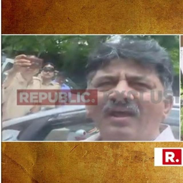 MASSIVE SHOWDOWN: DK SHIVAKUMAR REACHES REBEL MLAS' MUMBAI HOTEL; BLOCKED BY COPS FROM ENTERING, HE SAYS, MLAS CALLED HIM 'TO RESCUE THEM'