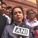 WATCH: HEMA MALINI PARTAKES IN PARLIAMENT PREMISES SWACHHATA DRIVE, SAYS 'WILL CARRY OUT THIS ABHIYAN IN MATHURA AS WELL'