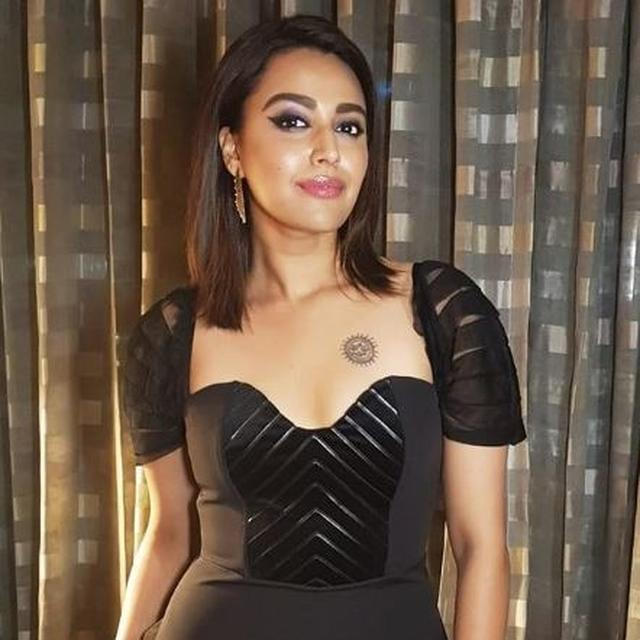 SWARA BHASKER SAYS 'MUGHALS MADE INDIA RICH', FACES BACKLASH FROM NETIZENS