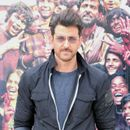SUPER-30 | HRITHIK ROSHAN 'LEAKS' MOST TALKED-ABOUT MOMENT FROM HIS NEW FILM, ADMITS HE DOESN'T HAVE PERMISSION