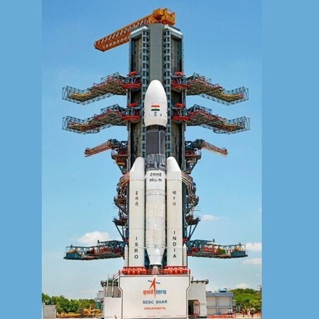 CHANDRAYAAN 2 LIVE: INDIA SET TO SCRIPT HISTORY WITH ISRO'S MOON MISSION, LATEST UPDATES HERE