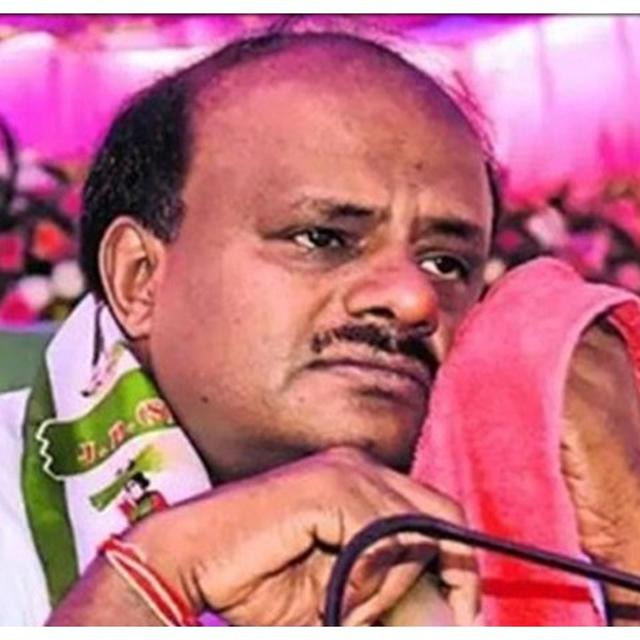 SECTION 144 TO BE IMPOSED IN BENGALURU AMID KARNATAKA FLOOR TEST DRAMA, 'ACCIDENTAL CM' KUMARASWAMY ADMITS 'YES, I HAVE A ROOM IN A 5-STAR HOTEL'