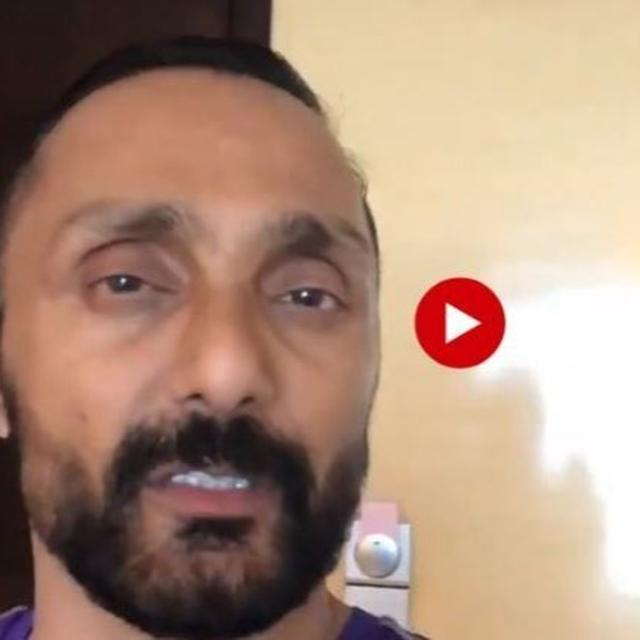 WATCH: RAHUL BOSE ORDERED TWO BANANAS AT A HIGH-END LUXURY HOTEL AND THE PRICE HAS THE INTERNET AND THE ACTOR BAFFLED