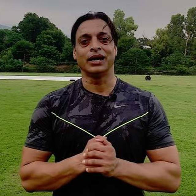 SHOAIB AKHTAR MAKES HUGE STATEMENTS ON VIRAT KOHLI AND MS DHONI, PRAISES THEM TO THE MOON