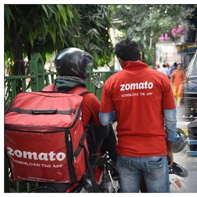 ZOMATO CONTROVERSY: MUMBAI'S DABBAWALA ASSOCIATION STANDS BY ZOMATO, ASKS 'WHAT IF CUSTOMER WAS VERY HUNGRY?'
