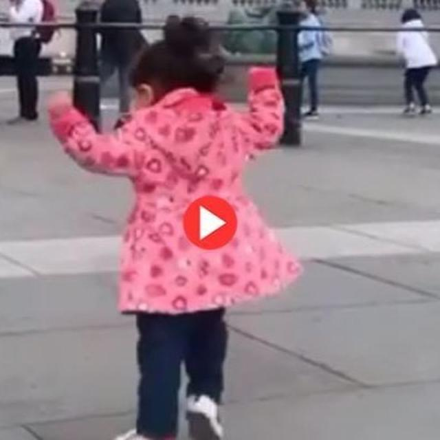 INAAYA NAUMI KEMMU BREAKING INTO AN IMPROMPTU BHANGRA DANCE IS THE BEST THING YOU WILL SEE TODAY