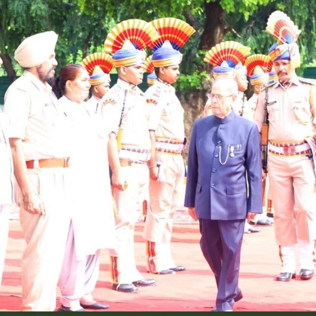 INDEPENDENCE DAY: FORMER PRESIDENT PRANAB MUKHERJEE PROUD TO WEAR HIS LATEST HONOUR AS HE HOISTS THE TRICOLOUR